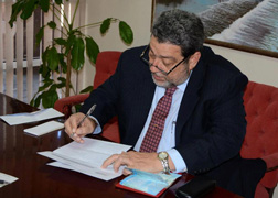 Prime Minister and Minister of Finance Dr. Ralph Gonsalves invested EC$21,000 in Building and Loan on behalf of one of his daughters on Feb. 1. News emerged on Monday, Feb. 11, that two of his brothers withdrew some $1 million from BLA in October 2012. (Photo: Facebook)