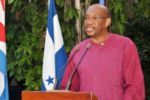 SVG's Ambassador to Cuba, Dexter Rose addressing te event in Havana.